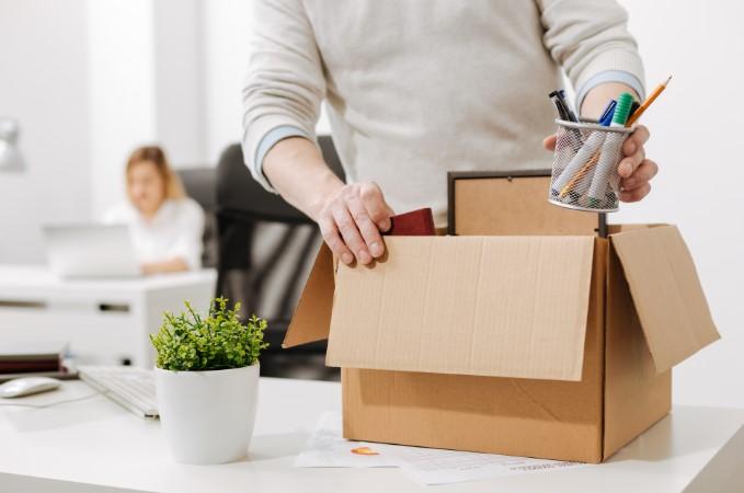 Звільнення працівника при зміні організації виробництва: яка ...